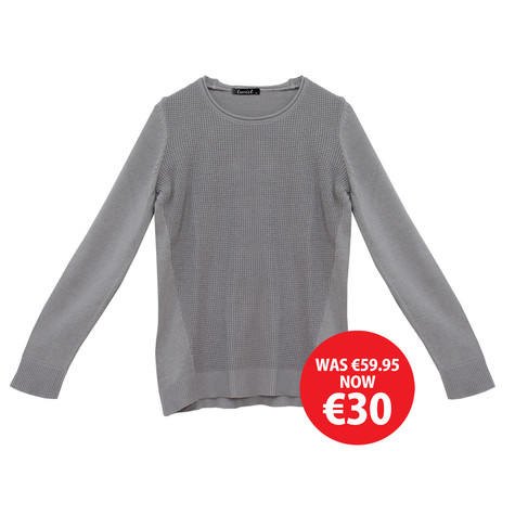 Twist Light Grey Round Neck Knit